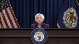 FED nezmenil úrokovú sadzbu, investori očakávajú zmenu