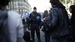 Francúzski študenti sú proti zmenám v školstve, vyšli do ulíc