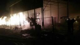 V Drietome vypukol rozsiahly požiar, horela hala s paletami a vozíkmi