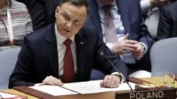 Kritizovaný poľský zákon o holokauste čaká na prezidentov podpis