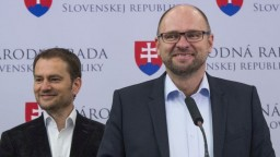 SaS a OĽaNO sa dohodli na uzavretí koaličnej zmluvy do komunálnych volieb