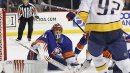 NHL: Halák odchytal celý zápas Islanders, na výhru to nestačilo