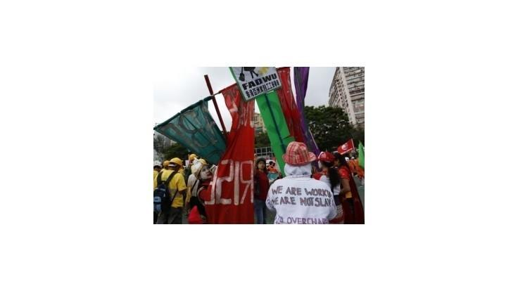 V Hongkongu na 1. mája demonštrovali za vyššie mzdy