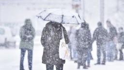 Do Bratislavy sa vrátila zima, meteorológovia vydali výstrahu