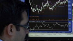 Americké akcie stúpajú, vyrovnali takmer polovicu strát
