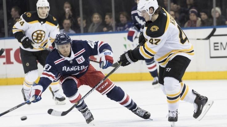 NHL: Chára druhou hviezdou zápasu, Bruins pomohol strelou a asistenciou