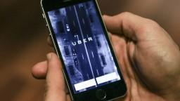 Českí taxikári protestovali proti službe Uber, tá ich oberá o prácu