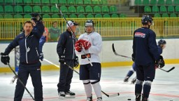 Hokejová reprezentácia je už kompletná, má za sebou prvý tréning