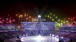 Studený vietor a údery obrovského gongu. V Pchjongčchangu sa začala olympiáda