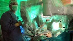 Patria k neurochirurgickej špičke, operujú mozog pri vedomí pacienta