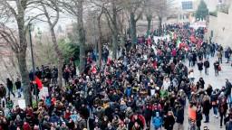 Po útoku na Afričanov vyšli Taliani do ulíc, protestovali proti rasizmu