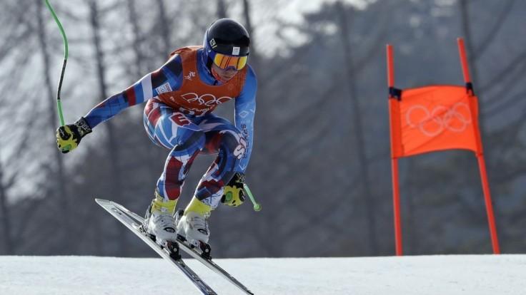 Zjazdové lyžovanie mužov museli preložiť pre silný vietor