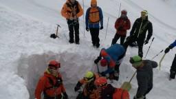 Tragédia v Nízkych Tatrách: pri páde lavíny zahynul slovenský lyžiar
