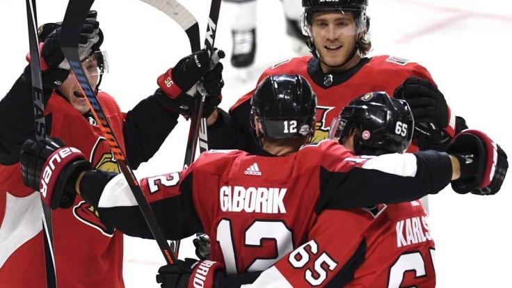 NHL: Gáborík a Tatar skórovali, Halák zastavil všetky strely súpera