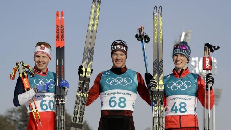 Slovenskí bežkári v pretekoch neuspeli, zlato získal Švajčiar Cologna