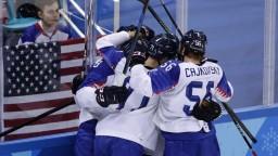 Čo si naši hokejisti sľubujú od olympijského duelu so Slovincami?