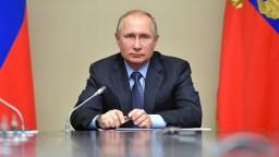 Putin sa do kampane osobne nezapojí. Odmietol aj predvolebné debaty