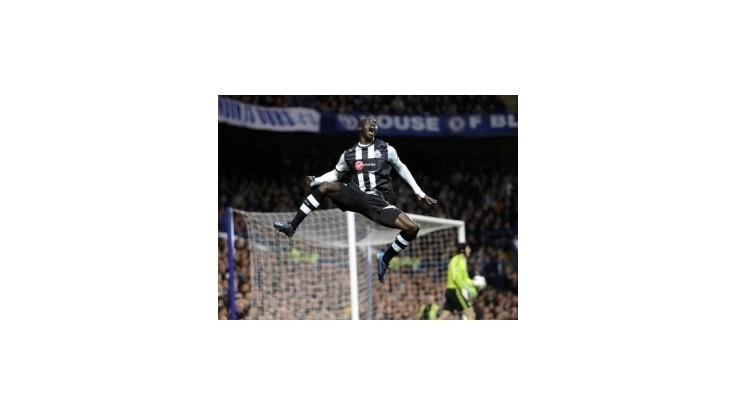 Newcastle porazil Chelsea na Stamford bridge, Tottenham deklasoval Bolton