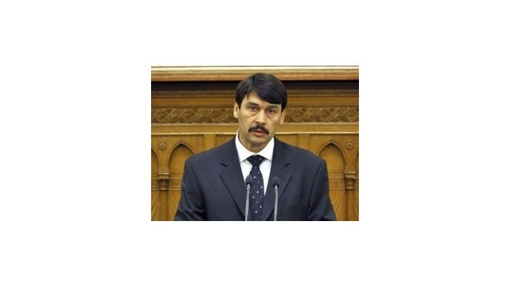 Maďarský prezident sa nepredstaví v Tatrách kolegom z V4