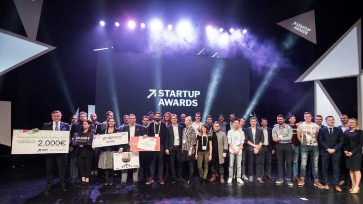HubHub spája sily s Neulogy, spoločne sa podpíšu pod vylepšené Startup Awards