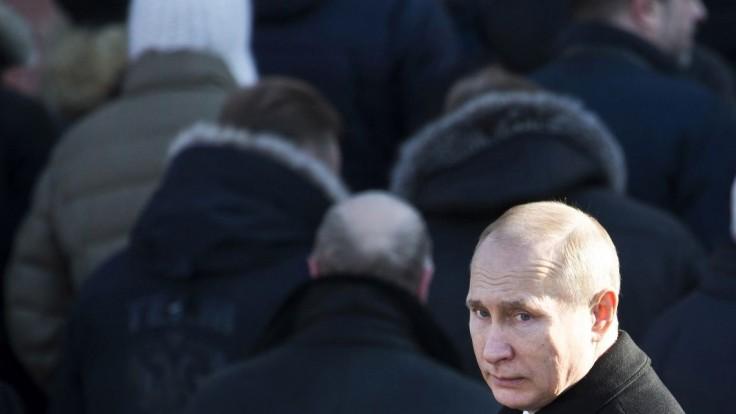 Pobočka estónskej banky údajne slúžila Putinovej rodine na pranie peňazí