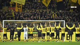 Bundesliga: V dohrávke kola Dortmund remizoval s Augsburgom