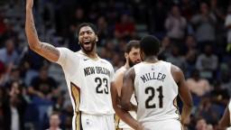 NBA: Houston s 13. víťazstvom, 53 bodov Davisa