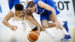 Basketbalistom nevyšiel postup na ME, odohrali však solídne zápasy