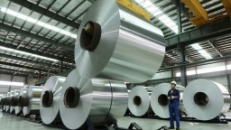 Hliník z Číny škodí americkým výrobcom, chcú naň uvaliť clo