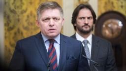 Opozícia chce cez smrť novinára získať moc, tvrdí Fico