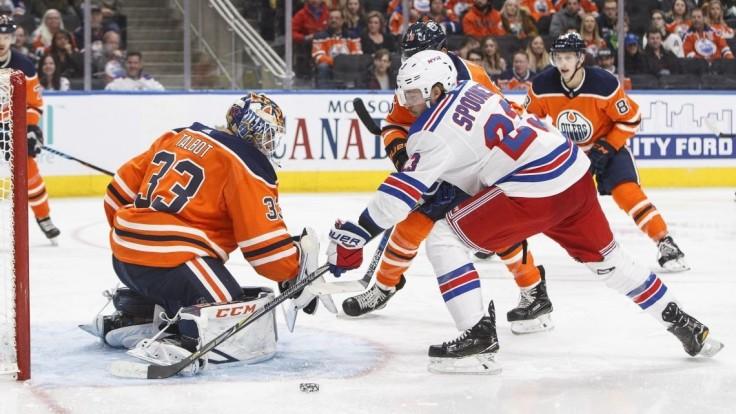 NHL: Sekera asistoval, Edmontonu sa však na domácom ľade vyhrať nepodarilo
