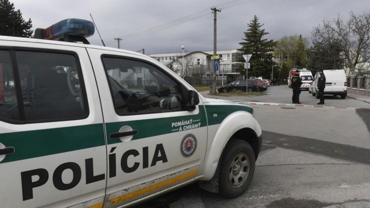 Polícia žiada v súvislosti s vraždou novinára vodičov o kamerové záznamy