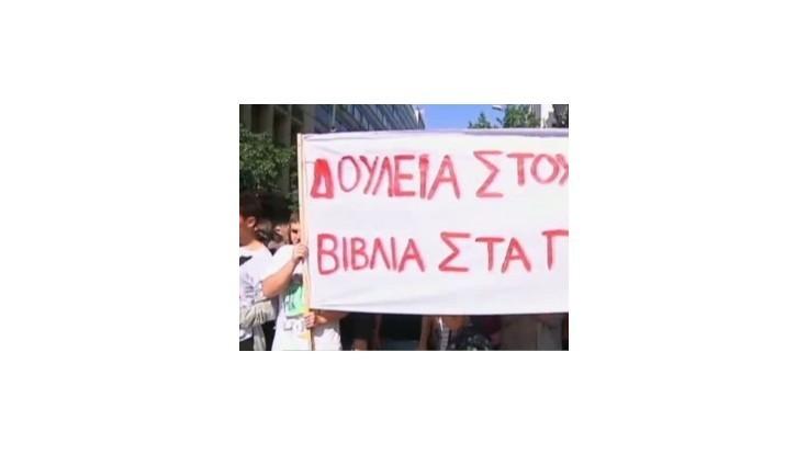 Grécko zasiahla nová vlna štrajkov proti úsporným opatreniam vlády