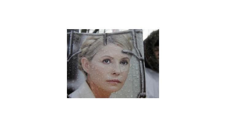 Väznená Tymošenková súhlasila s liečbou chrbtice na ukrajinskej klinike