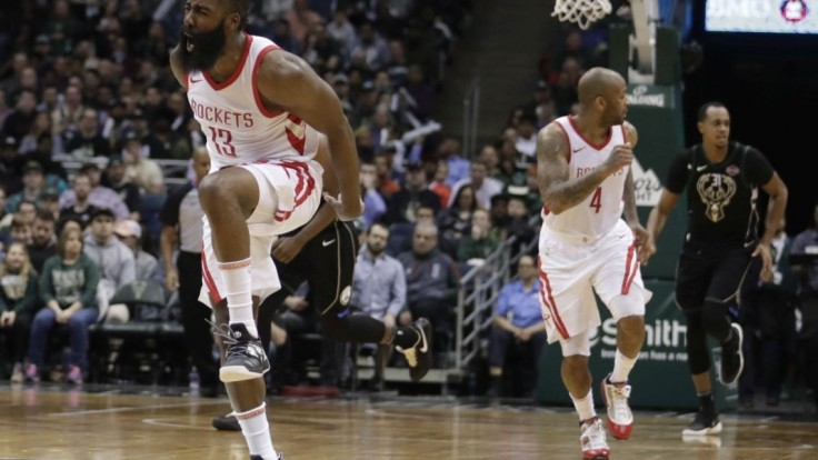 NBA: Houston našiel recept na úspech, pokračuje bez prehry
