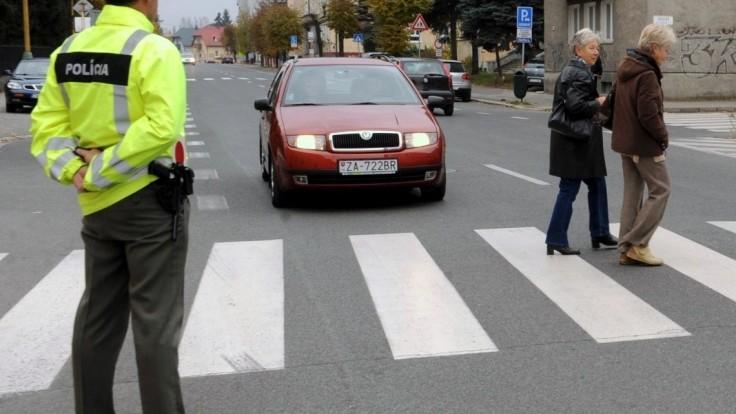 80-ročný vodič zrazil ženy priamo na priechode, neprežili