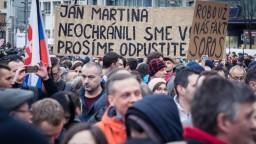 Fotogaléria: Ako sa naplnili námestia na Slovensku