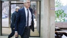 Orbán spojil krízu so Sorosom, slovenská diplomacia nesúhlasí