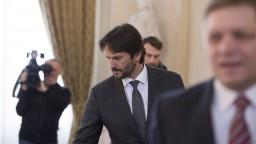 Kaliňák neustál tlak, končí ako minister a podpredseda vlády