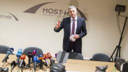 Nemohli pokračovať, reaguje politológ na rozhodnutie Mosta