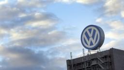 Po rekordnom zisku rozdá Volkswagen zamestnancom rekordné odmeny