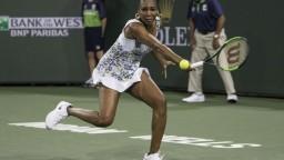 Pútavý súboj sestier v Indian Wells vyznel lepšie pre staršiu Venus