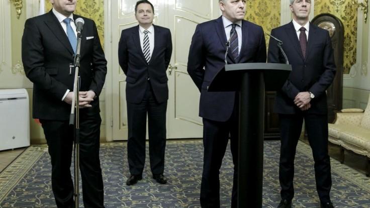 V koalícii uvažujú o letnom termíne volieb, tvrdí agentúra SITA