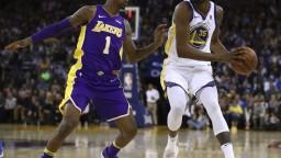 NBA: Golden State uspeli aj bez svojej zranenej hviezdy Stephena Curryho