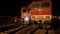 V Pezinku došlo k zrážke osobného vlaku s lokomotívou, hlásia zranených