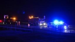 Na D1 došlo k nehode štyroch áut, medzi zranenými je aj dieťa