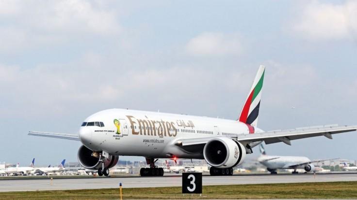 Letuška neprežila pád z núdzového východu lietadla