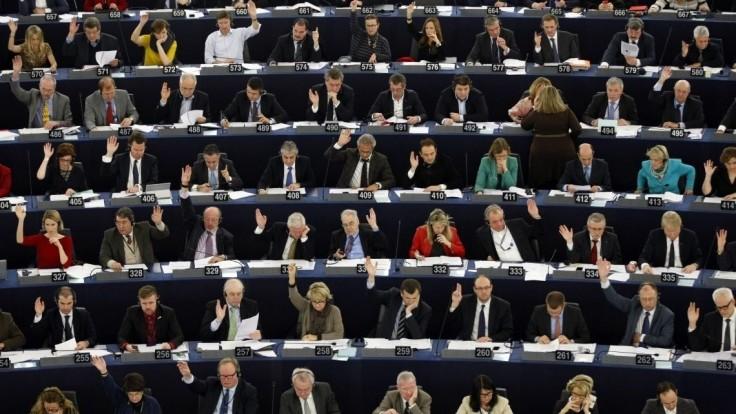 Členské štáty sa dohodli na termíne budúcoročných eurovolieb