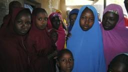 Teroristi prepustili unesené školáčky, niektoré neprežili