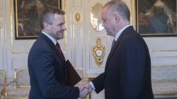 Pellegrini je premiérom, Kiska po rošádach vymenoval jeho vládu
